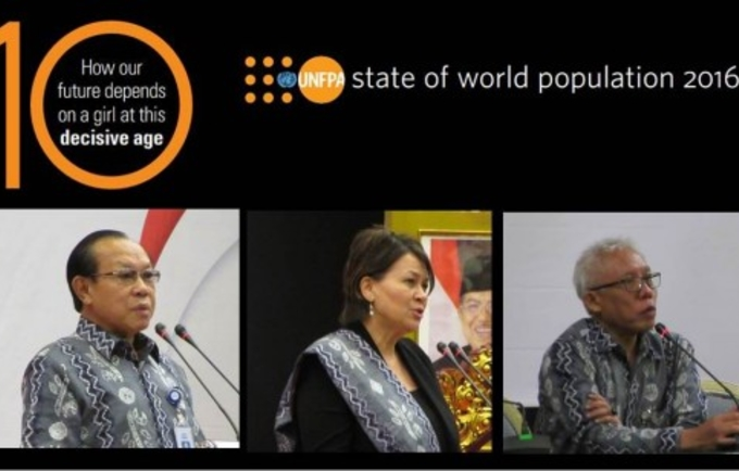 (left-right) Head of National Population and Family Planning Board (BKKBN) Dr. Surya Chandra Surapaty, UNFPA Representative Dr. Annette Sachs Robertson and BKKBN's Deputy for Population Control Dr. Wendy Hartanto at SWOP 2016 launch on Nov.22.